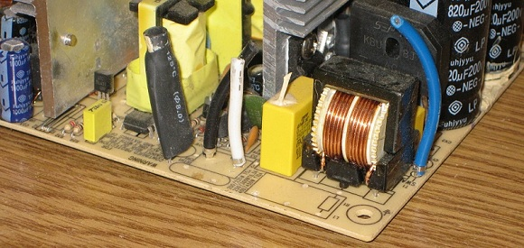 Low-Quality Power Supply with Yellow PCB